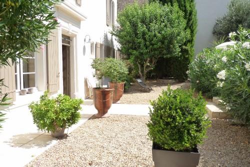 La maison Blanche - chambres d'hotes Provence