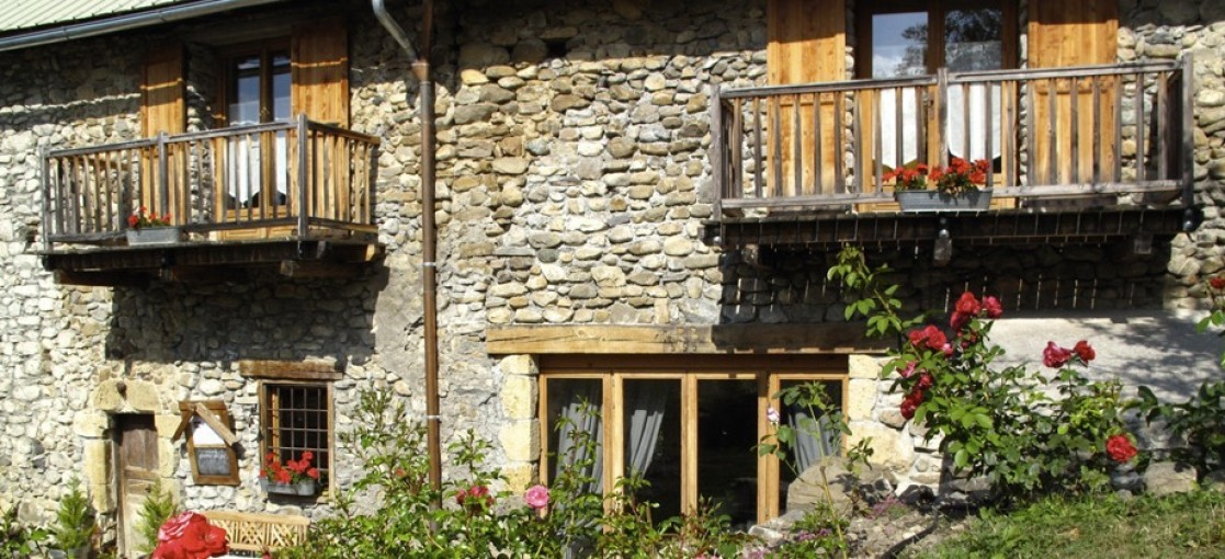 Bed & Breakfast Alpes de haute Provence, charming bed and breakfast Chambre D Hotes Alpes on